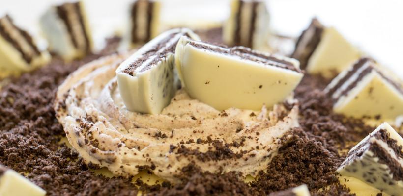 עוגת שוקולד לבן ואוראו